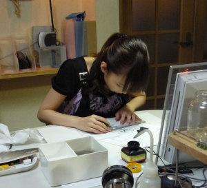 彼女のお仕事の都合なんだから、しょうがないよネ!!(*^_^*)